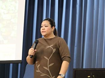 """วันที่ 20 มีนาคม 2561 ได้รับเกียรติจาก อาจารย์ ดร.ปิยะดา จุลวรรณา บรรยายรายวิชาศึกษาทั่วไป หัวข้อ """"วุ่น วุ่น ของวัยรุ่น กับปัญหาควรรู้ """""""